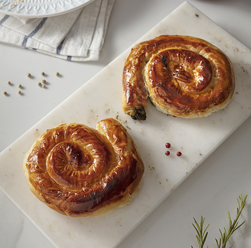 Rose Shaped Borek With Spinach